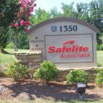 Safelite Auto Glass sign